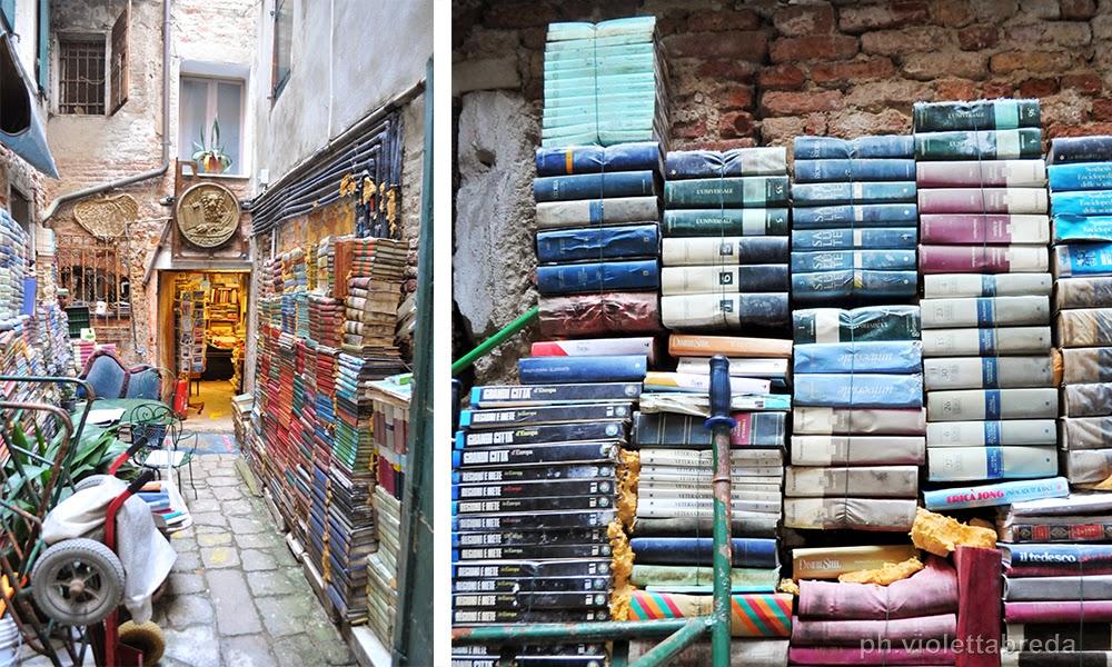 Venezia in pillole: Libreria Acqua Alta, una delle più originali del mondo!