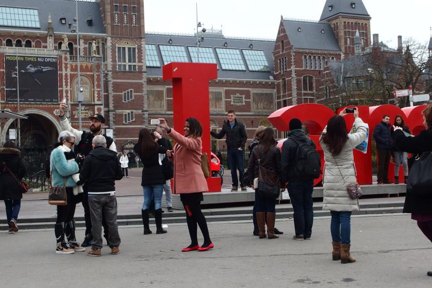 Amsterdam cosa vedere eco design architettura e moda for Amsterdam casa rosa