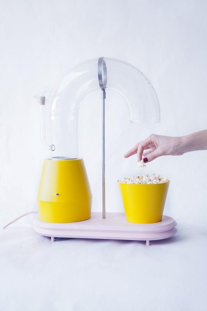 Popcorn Monsoon, di Jolene Carliers