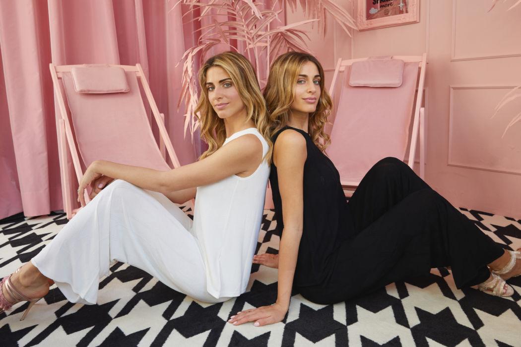 Intervista alle gemelle in rosa