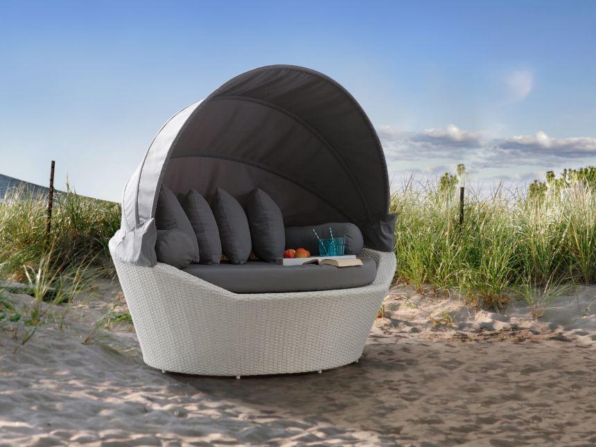 divano in rattan grigio