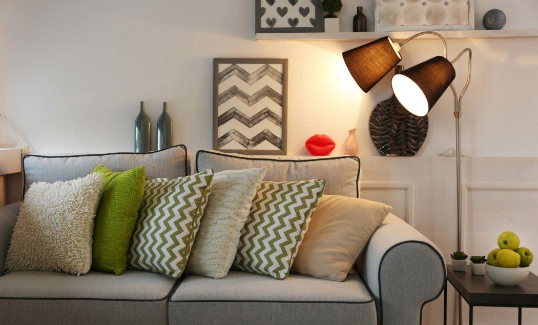 Illuminare il soggiorno quali lampade si rivelano perfette per l