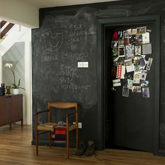 Trasforma le pareti con la vernice effetto lavagna