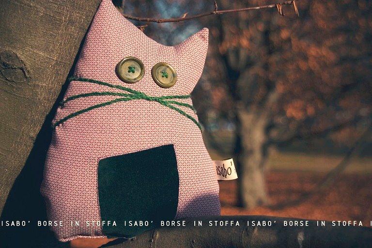 gatti-stoffa isabò