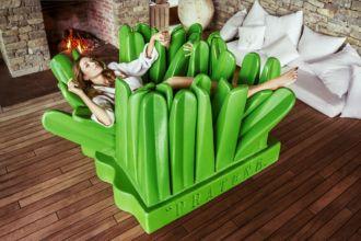 oggetti di design famosi gufram pratone verde comodo